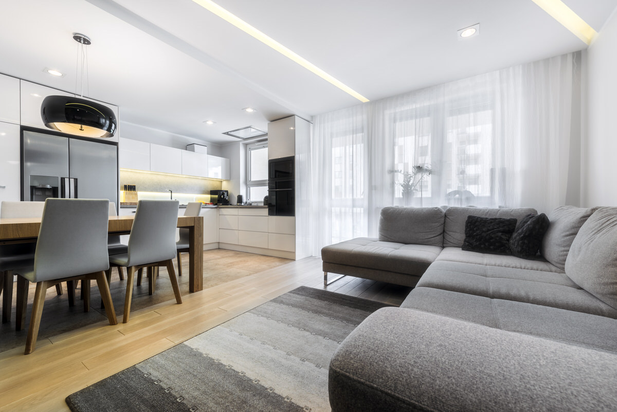 Chicago Apartments, One-Bedroom, 3/3 Vertical Rule