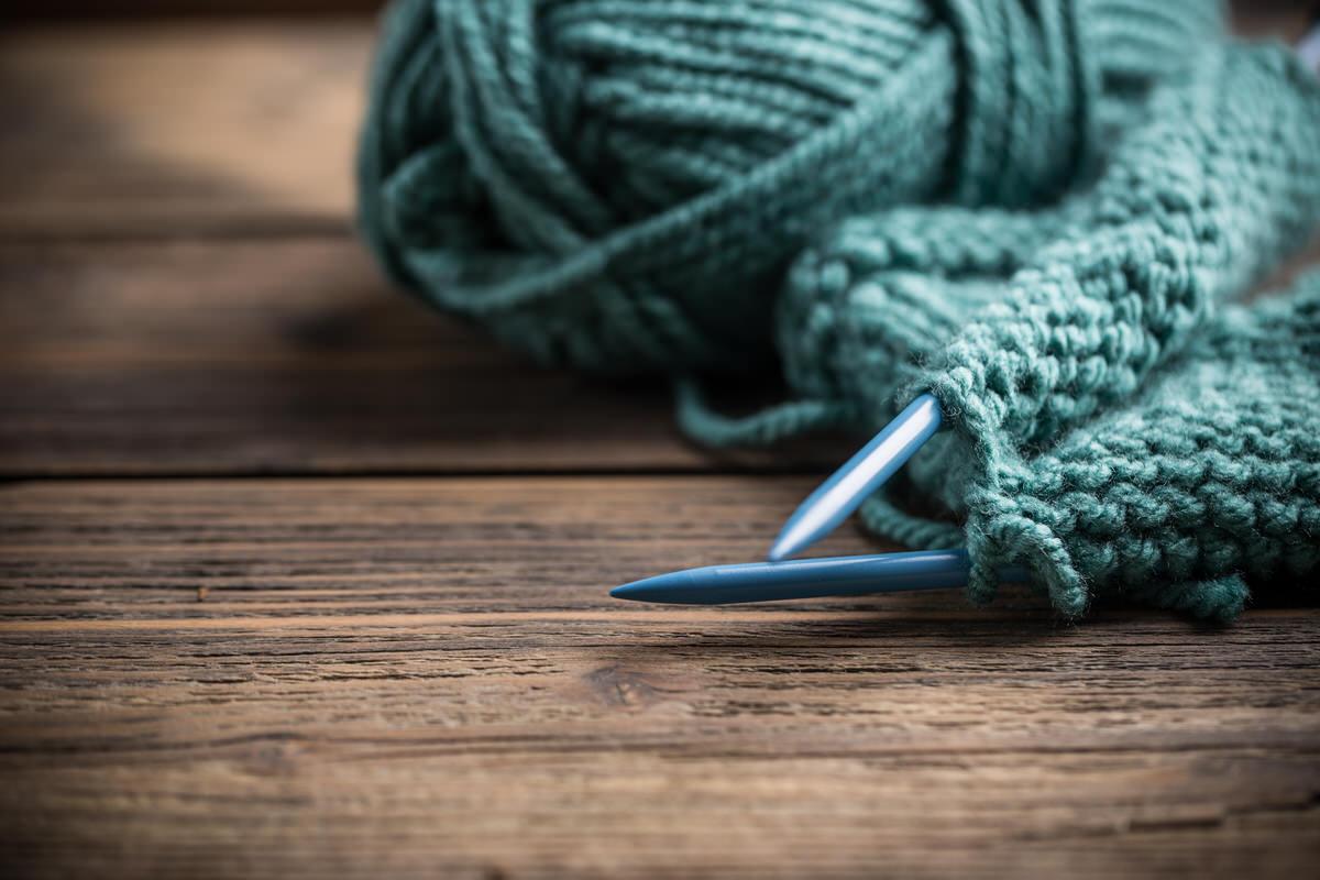 Chicago Apartments, Cheap Hobbies, Knitting