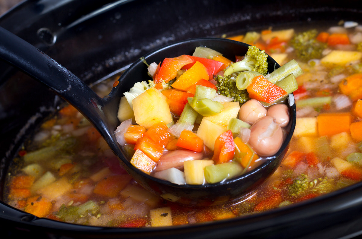 fall slow cooker recipes, chicago apartments, veggie soup recipes