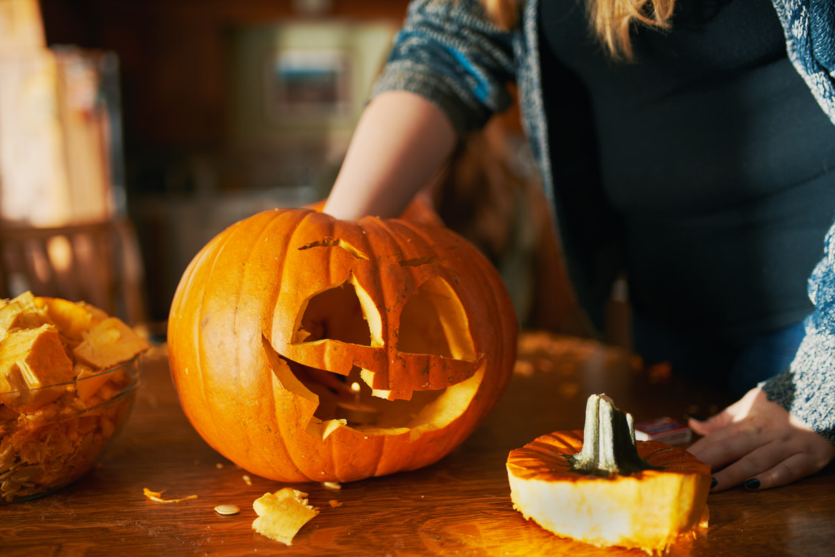 how to spend halloween at home, lake shore drive apartments