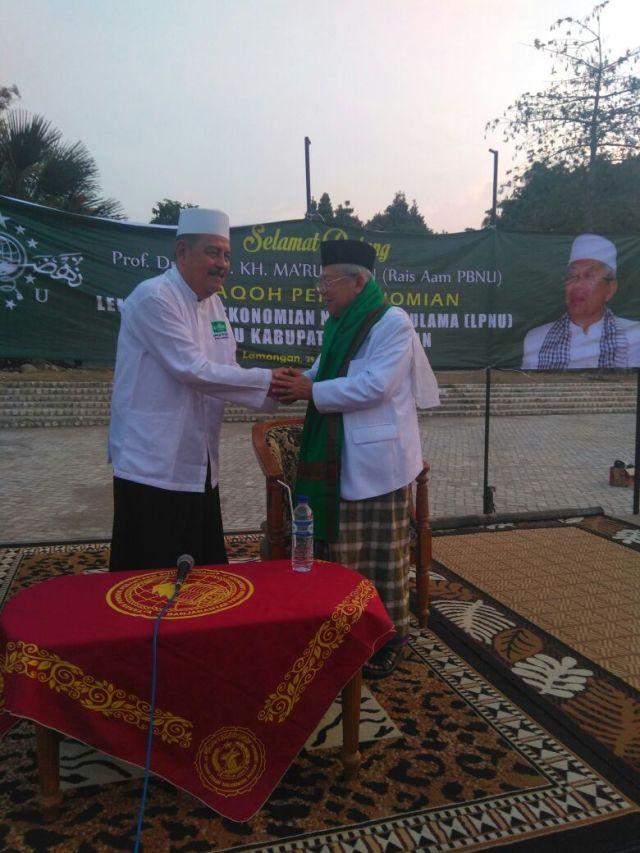 KH. Ma'ruf Amin dikukuhkan sebagai keluarga besar ponpes Sunan Drajat