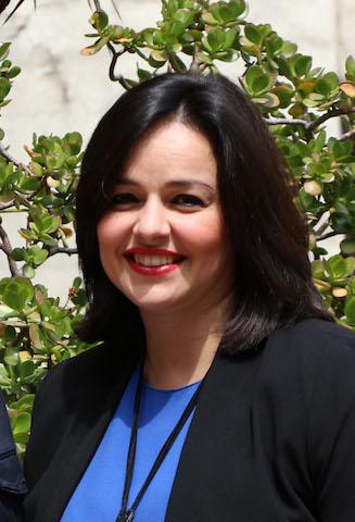 """Virginia Pérez: """"El IES Fray Bartolomé suma grietas, desprendimientos, humedades y desidia por parte de la Junta"""""""