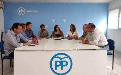 El PP de Sevilla llevará mociones a los ayuntamientos y a la Diputación para que se declare a la Policía Local como profesión de riesgo
