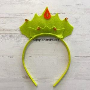 corona fieltro verde claro con diadema