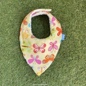 bandana babero babas mariposas tela algodon artesanal