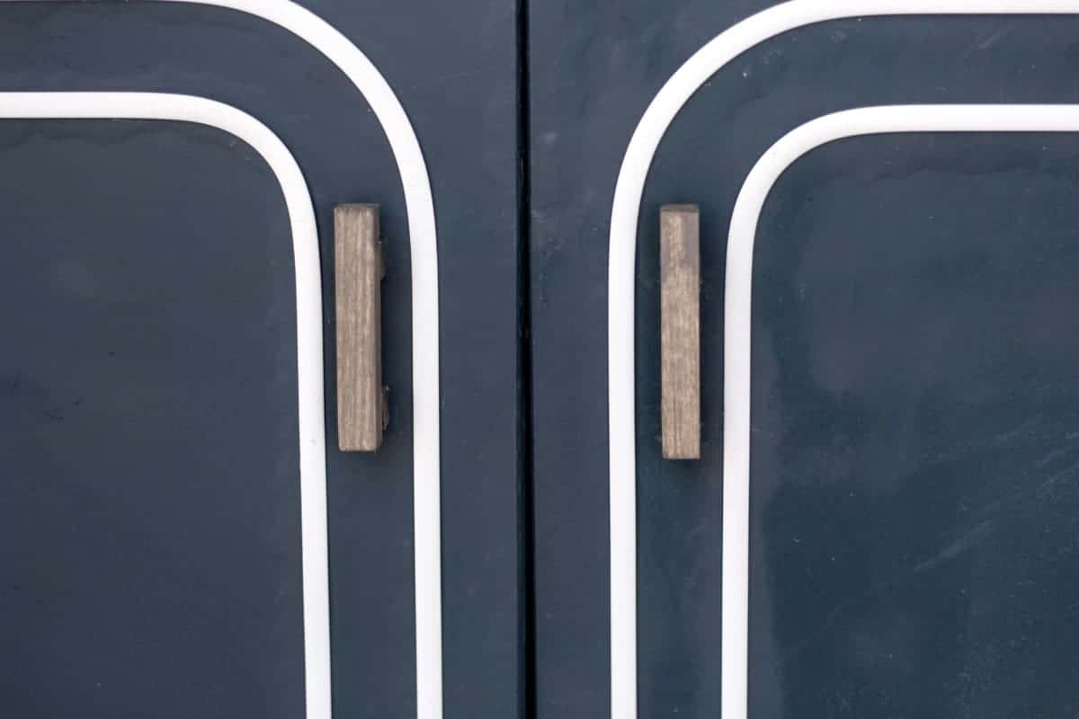 DIY Wood Stained Cabinet Pulls