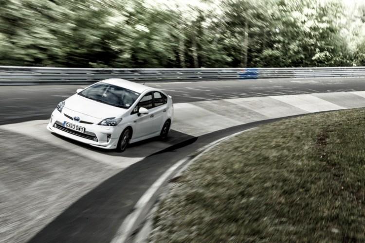 Toyota Prius sets Nurburgring fuel consumption record