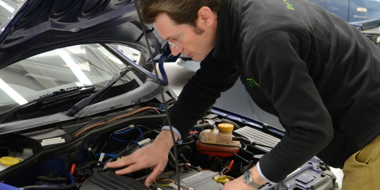 Half of all motorists drive vehicles with faults