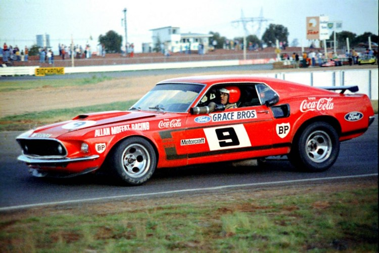 Allan Moffat's Mustang to lead local celebrations