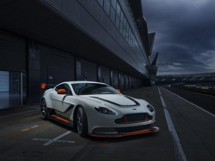 Aston Martin Vantage GT3 revealed