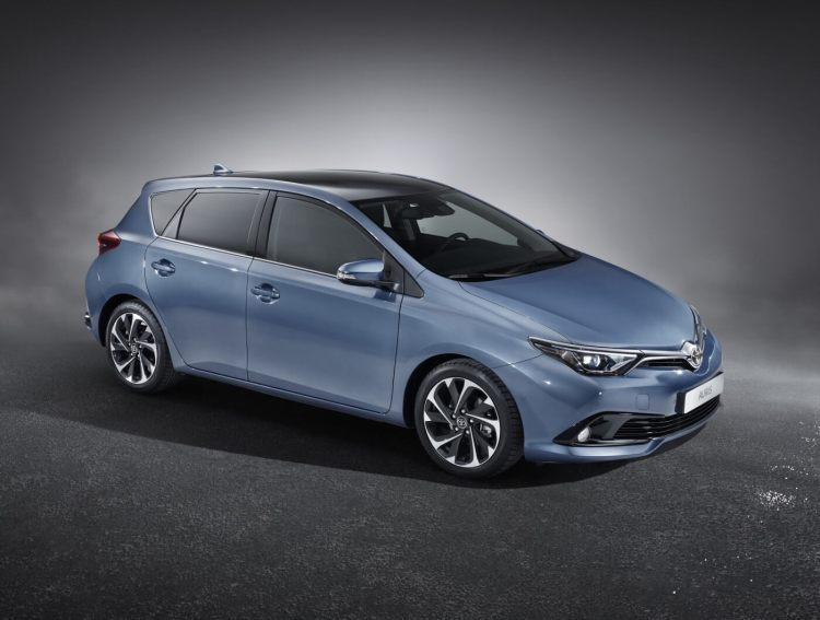 2016 Toyota Corolla revealed