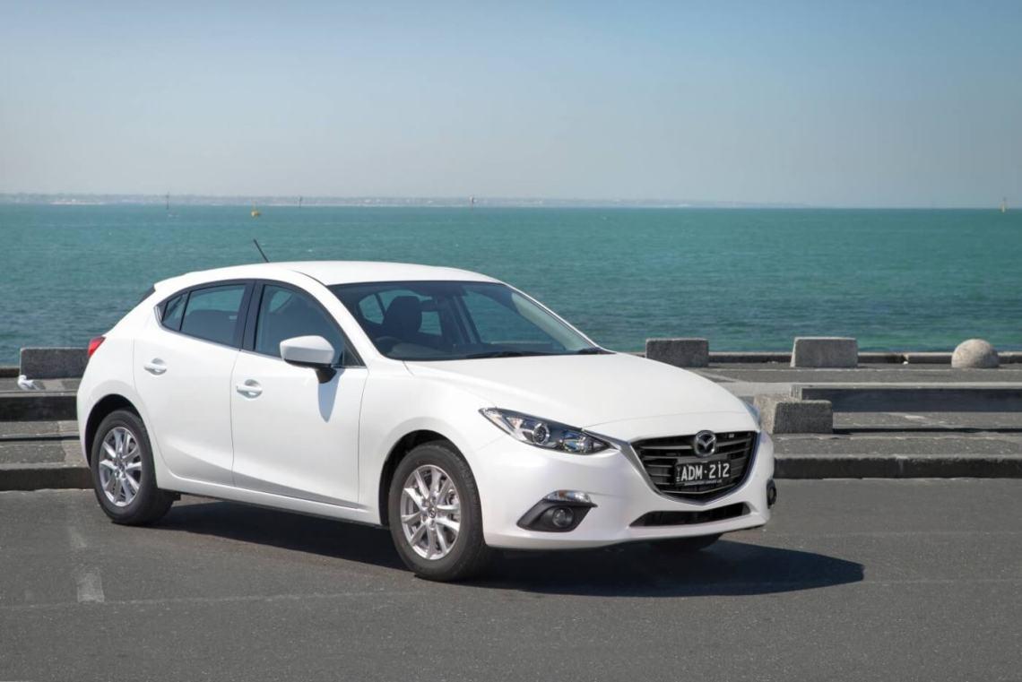 2015 Mazda3 Maxx review