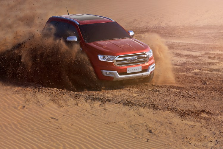 2015 Ford Everest revealed in Thailand