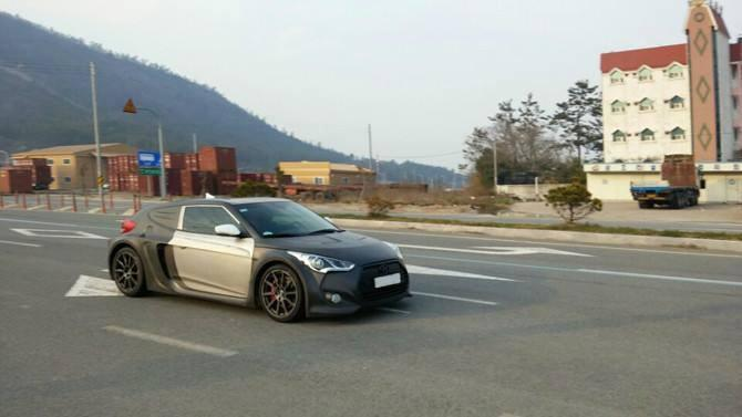 Hyundai Veloster Rear Midship spied