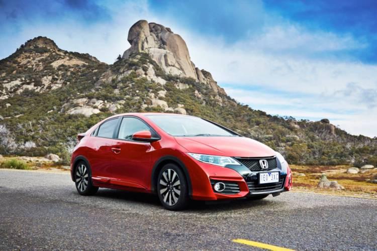 2015 Honda Civic Hatch refreshed