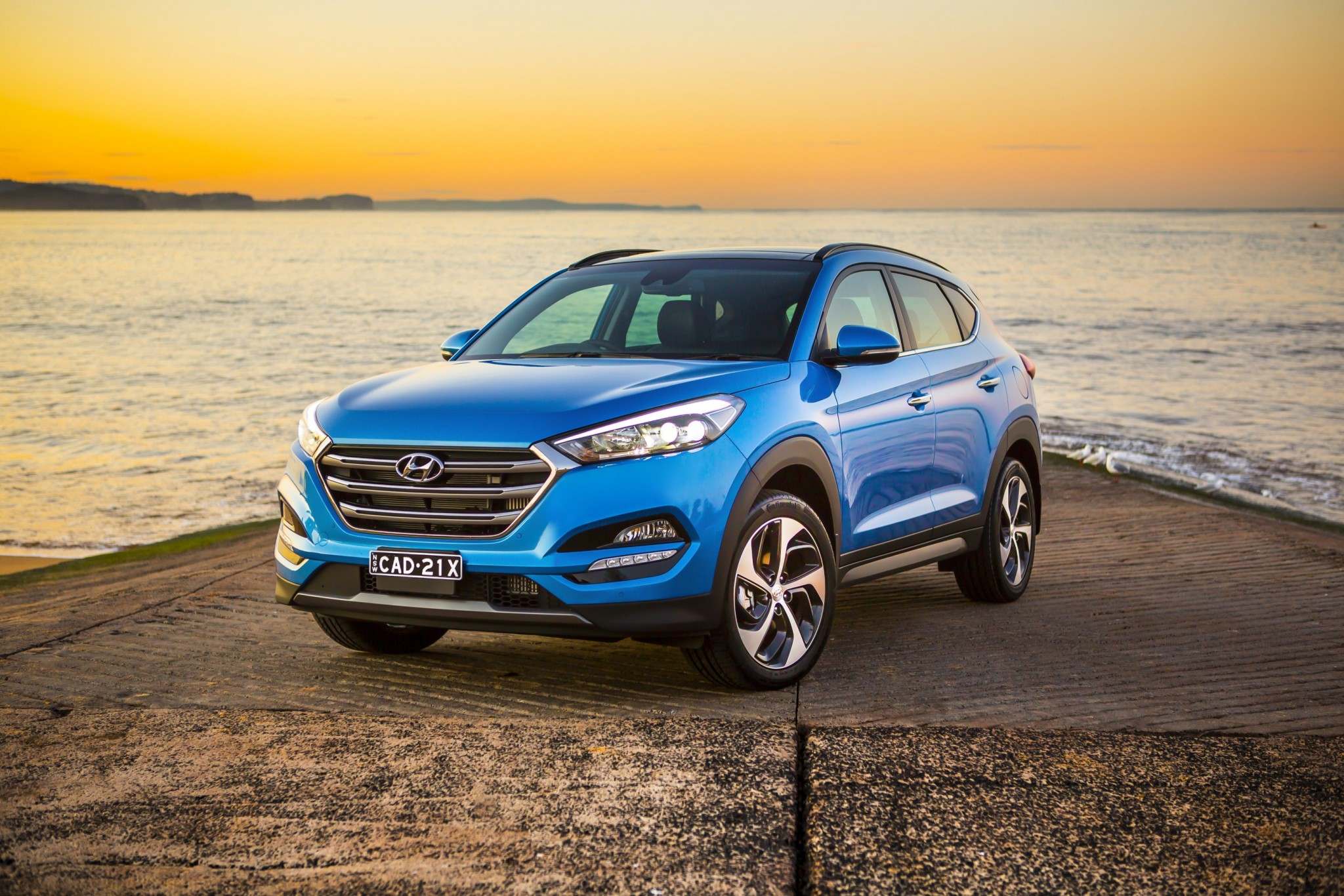 guide degree tucson spinners with is and loaded hyundai trendy photos colors pricing crossover in under