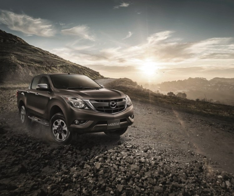 2016 Mazda BT-50 launched in Thailand