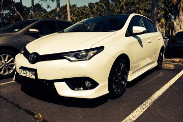2015 Toyota Corolla ZR review long-term
