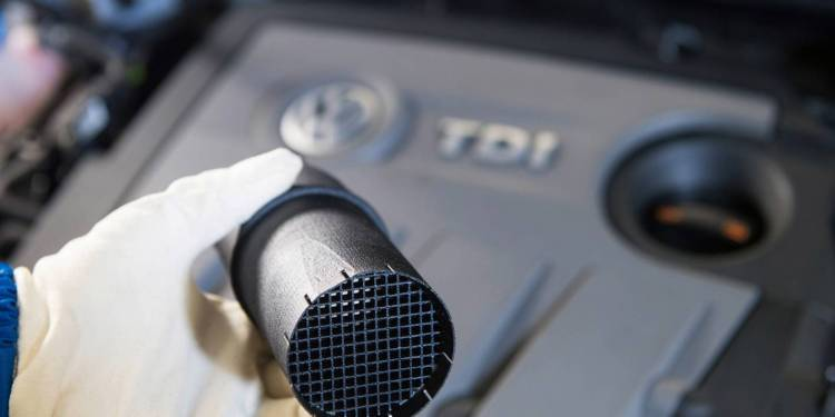 volkswagen announces fix for diesel engines with defeat device
