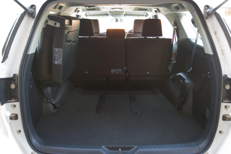 2016 prius rear seat removal