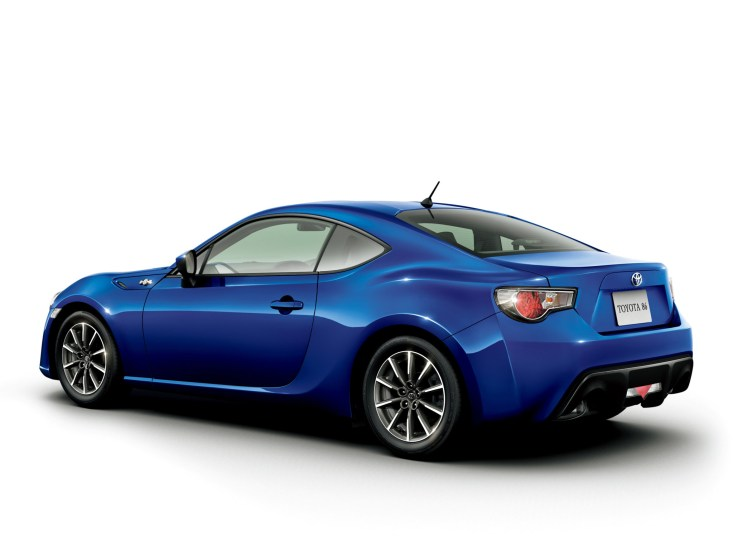 Toyota-86-G-2012-Photo-02