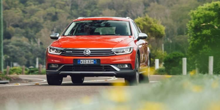 Volkswagen Passat Alltrack car review