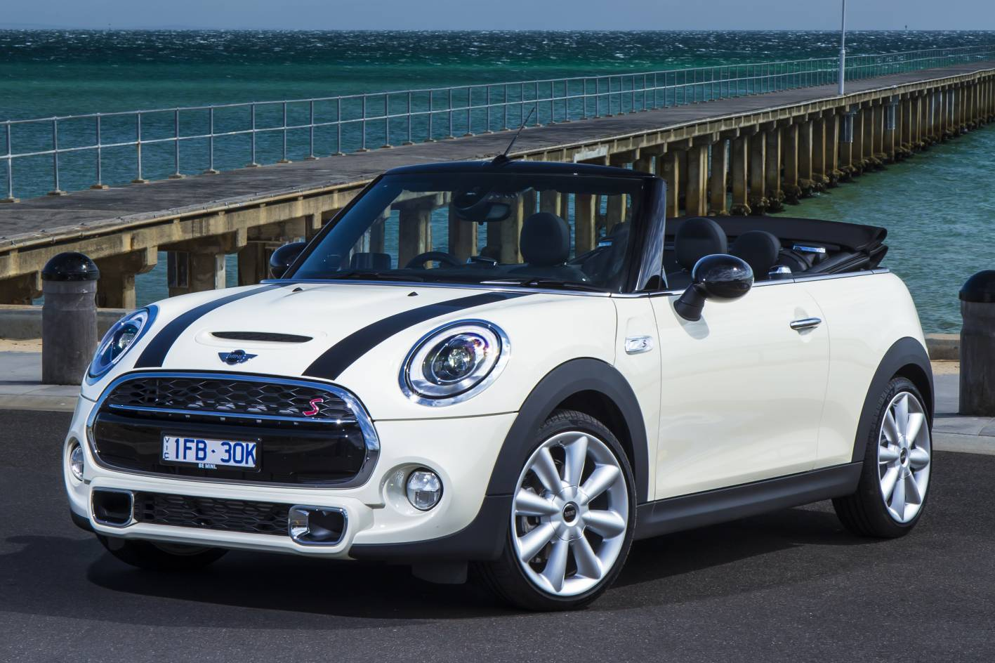 2016 mini cooper s convertible review practical motoring. Black Bedroom Furniture Sets. Home Design Ideas