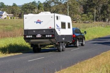 LC200 towing caravan