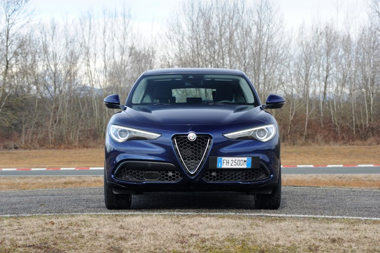 2017 Alfa Romeo Stelvio Review by Practical Motoring