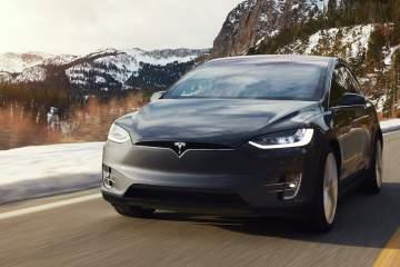 2017 Tesla Model X Review