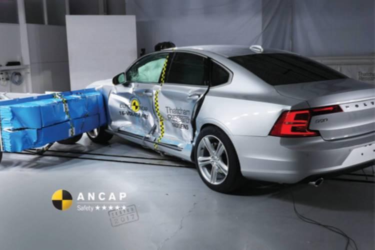 ANCAP testing the Volvo S90