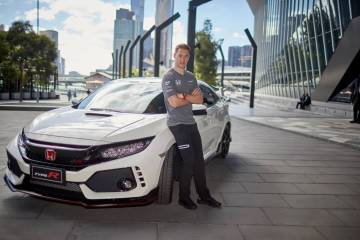 The Honda Civic Type R has arrived in Australia for the opening round of the 2017 Formula One Championship at Albert Park in Melbourne.