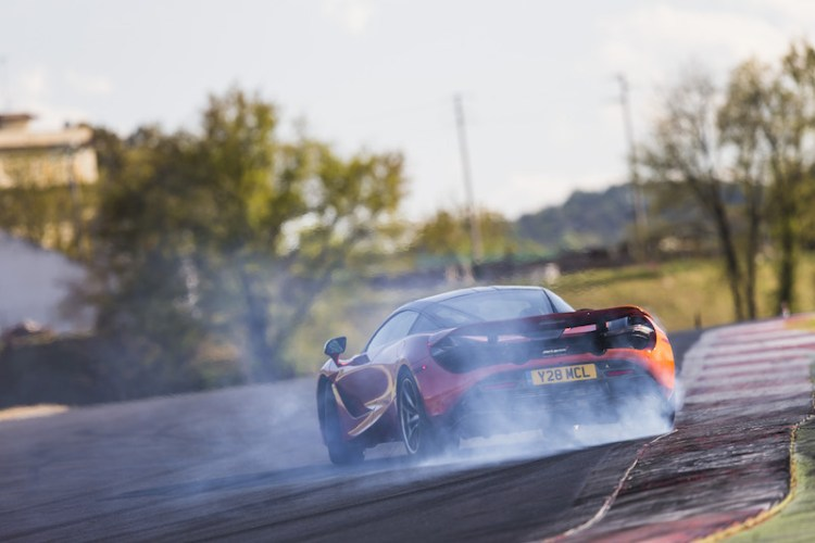2018 McLaren 720S Car Review by Practical Motoring