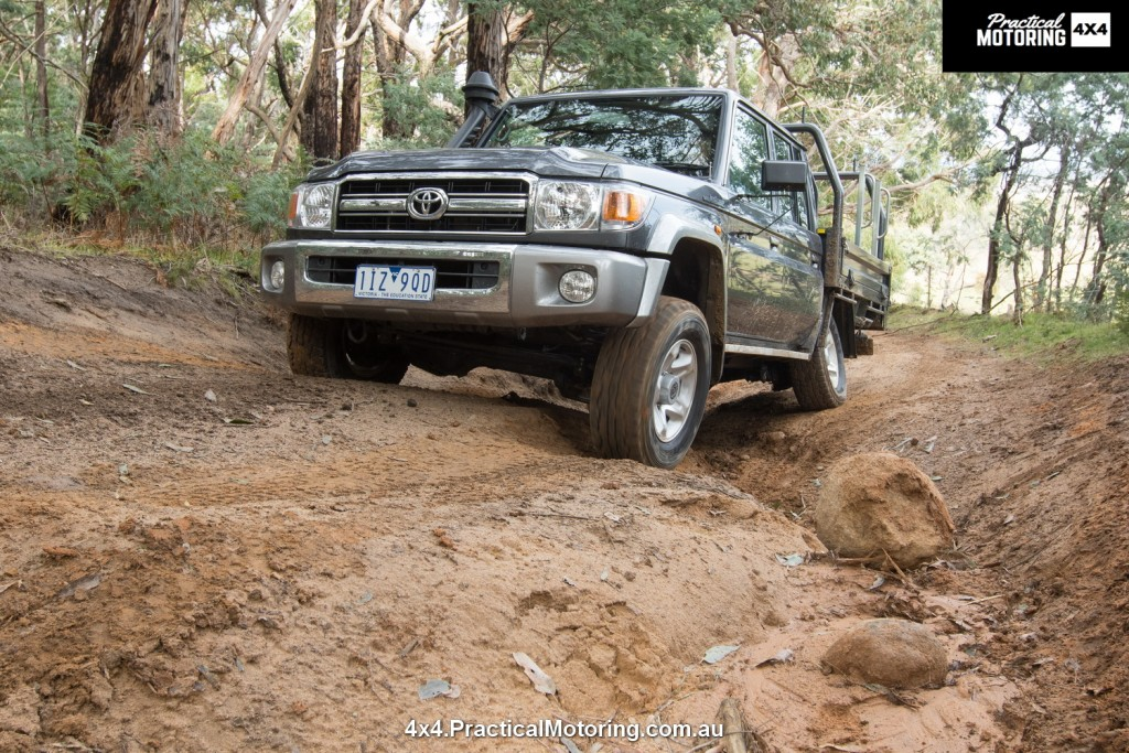 2017 Toyota LandCruiser 79 Series offroad review | Practical Motoring