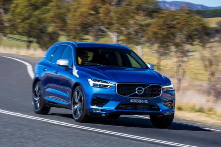 2018 volvo xc60 d5 r design review practical motoring. Black Bedroom Furniture Sets. Home Design Ideas