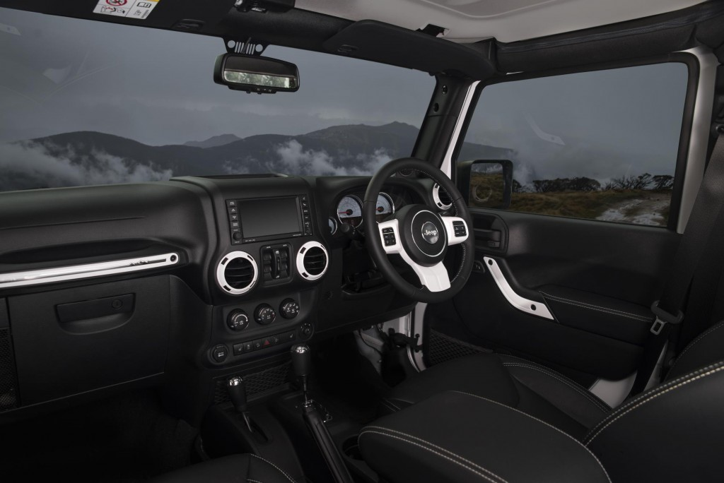 Jeep Wrangler Interior revealed