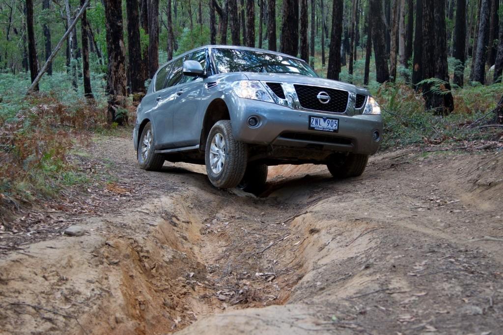 Head to Head: Nissan Patrol Ti Vs Toyota LandCruiser GXL
