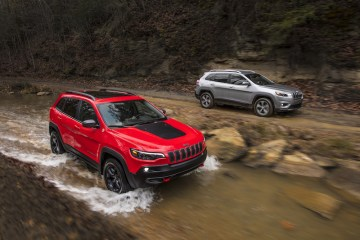 2019 Jeep® Cherokee Trailhawk and Jeep Cherokee Limited