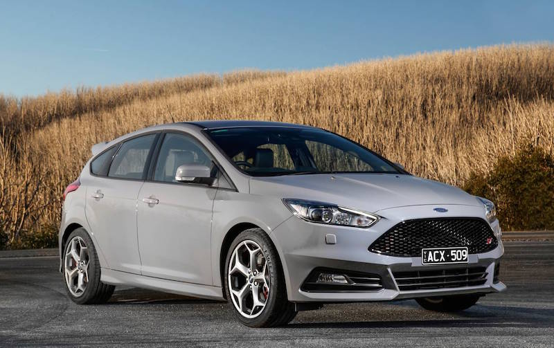 Ford Focus ST Review by Practical Motoring