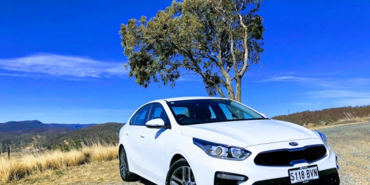 2019 Kia Cerato Sport+ Review by Practical Motoring