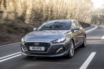 2018 Hyundai i30 Fastback Review