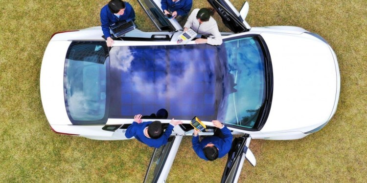 Hyundai and Kia to introduce solar roof charging