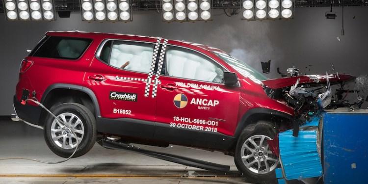Holden Acadia scores 5 star ANCAP rating