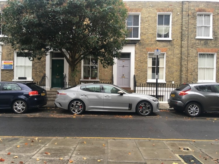 Paul Horrell continues his test of the Kia Stinger with some thoughts on its long-distance driving comfort, fuel economy and active safety.