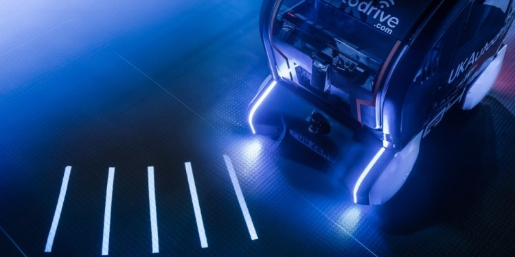JLR autonomous vehicles to project direction of travel...