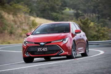 Toyota Corolla ZR Hybrid Review