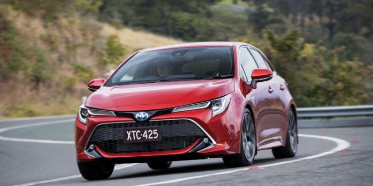 Toyota Corolla ZR Hybrid Review
