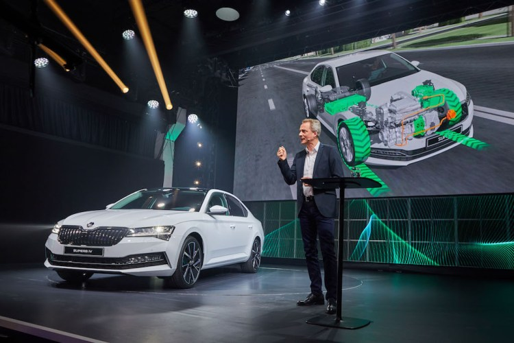 plug-in hybrid 2020 Skoda Superb iV
