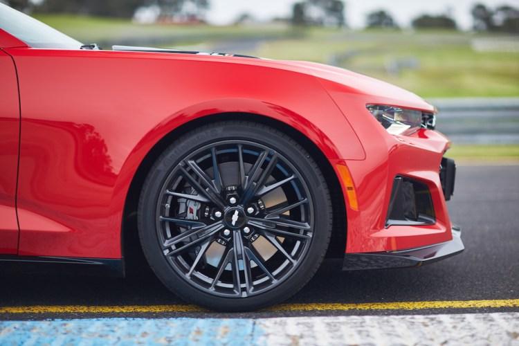 2019 Chevrolet Camaro ZL1 Review