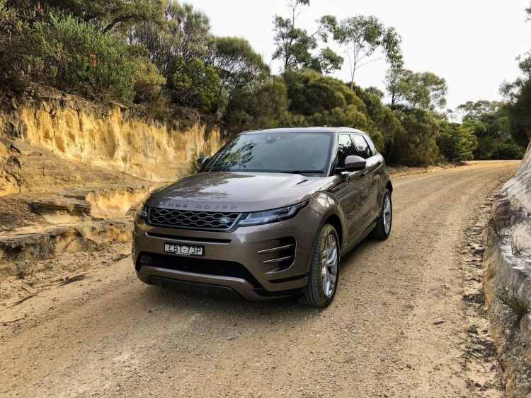 2019 Range Rover Evoque R-Dynamic D240 SE Review
